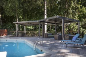 outdoor struxure poolside 300x200